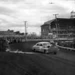 Course de voiture à l'hippodrome de Québec dans les années 40
