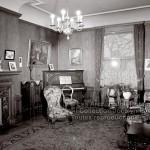 8-97 : Intérieur d'autrefois en 1946. Photographe Georges Beullac