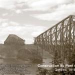 Construction du pont de Québec en 1916, la travée centrale est accrochée aux bras cantilevers. La manoeuvre sera un échec car déstabilisée, la travée retombe et coule dans le fleuve